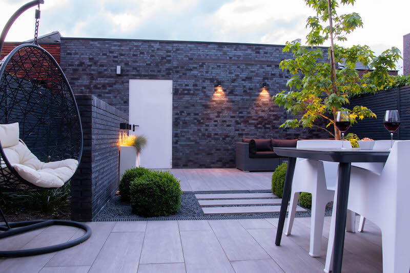 Moderne loungetuin